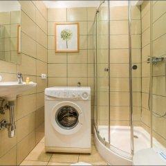Отель P&O Apartments Miodowa Польша, Варшава - отзывы, цены и фото номеров - забронировать отель P&O Apartments Miodowa онлайн ванная
