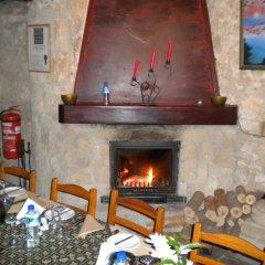Kiniras Traditional Hotel & Restaurant интерьер отеля фото 2