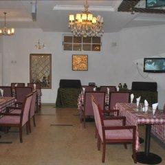 Отель Jorany Hotel Нигерия, Калабар - отзывы, цены и фото номеров - забронировать отель Jorany Hotel онлайн питание фото 3