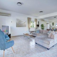 Отель Jason 8 Villa Кипр, Протарас - отзывы, цены и фото номеров - забронировать отель Jason 8 Villa онлайн комната для гостей фото 3