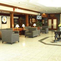 Отель Toronto Plaza Hotel Канада, Торонто - отзывы, цены и фото номеров - забронировать отель Toronto Plaza Hotel онлайн интерьер отеля