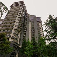 Апартаменты Hosthub - 2BR Super view Apartment Тбилиси вид на фасад