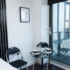 Отель Skyline View 1 BD Apt комната для гостей