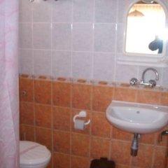 Отель NELLY Guest House Равда ванная