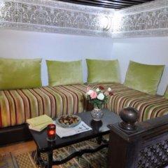 Отель Riad Adarissa Марокко, Фес - отзывы, цены и фото номеров - забронировать отель Riad Adarissa онлайн комната для гостей фото 3