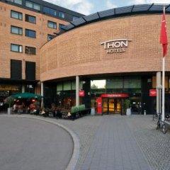 Thon Hotel Ski парковка