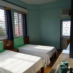 Отель Leesons Residences Филиппины, Манила - отзывы, цены и фото номеров - забронировать отель Leesons Residences онлайн спа