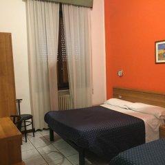 Отель La Pace Италия, Милан - отзывы, цены и фото номеров - забронировать отель La Pace онлайн сейф в номере