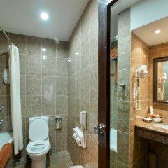 Отель Shanker Непал, Катманду - отзывы, цены и фото номеров - забронировать отель Shanker онлайн ванная