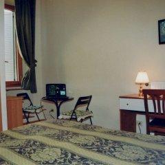 Отель Tomas удобства в номере фото 2