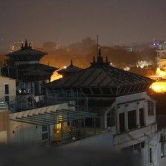 Отель Buddha Land Непал, Катманду - отзывы, цены и фото номеров - забронировать отель Buddha Land онлайн балкон