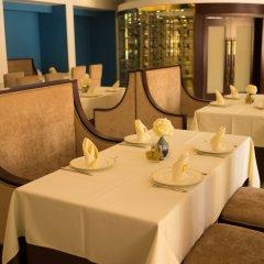 Отель Bintumani Hotel Сьерра-Леоне, Фритаун - отзывы, цены и фото номеров - забронировать отель Bintumani Hotel онлайн питание