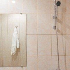 Гостиница Economy on Piskunova 148-2 в Иркутске отзывы, цены и фото номеров - забронировать гостиницу Economy on Piskunova 148-2 онлайн Иркутск ванная фото 2