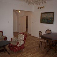 Апартаменты Castle apartment Прага комната для гостей фото 4