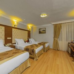 Skalion Hotel & Spa сейф в номере