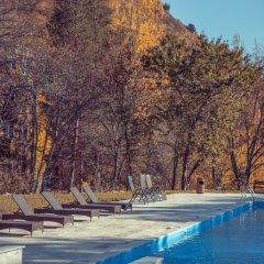 Отель Apricot Aghveran Resort бассейн фото 2