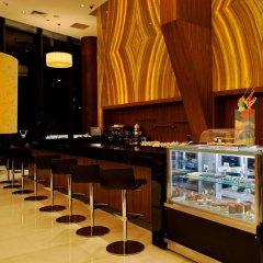 Отель Crowne Plaza Istanbul - Harbiye гостиничный бар