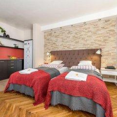 Апартаменты P And O Apartments Lipowa Варшава комната для гостей фото 4