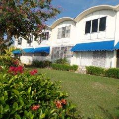 Отель Court Manor at Montego Bay Club фото 3