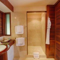 Отель Manava Beach Resort and Spa Moorea Французская Полинезия, Папеэте - отзывы, цены и фото номеров - забронировать отель Manava Beach Resort and Spa Moorea онлайн ванная