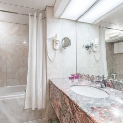 Отель Crowne Plaza Abu Dhabi ОАЭ, Абу-Даби - отзывы, цены и фото номеров - забронировать отель Crowne Plaza Abu Dhabi онлайн ванная фото 2