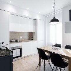 Апартаменты Puerta Toledo Apartment by FlatSweethome в номере