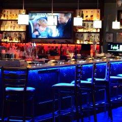 Thunderbird Hotel гостиничный бар