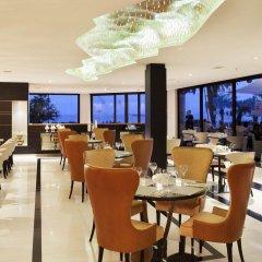 Отель JW Marriott Cannes Франция, Канны - 2 отзыва об отеле, цены и фото номеров - забронировать отель JW Marriott Cannes онлайн питание