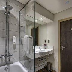 Отель Premier Inn Dubai Al Jaddaf ванная