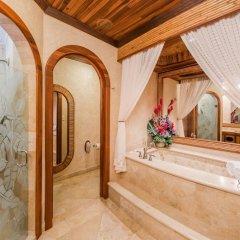 Отель The Springs Resort and Spa at Arenal интерьер отеля