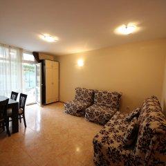 Апартаменты Menada Elit IV Apartments Солнечный берег комната для гостей фото 2