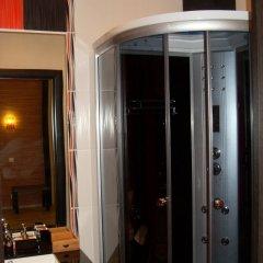Гостиница Afrikanskij Dizajn Apartments в Санкт-Петербурге отзывы, цены и фото номеров - забронировать гостиницу Afrikanskij Dizajn Apartments онлайн Санкт-Петербург ванная