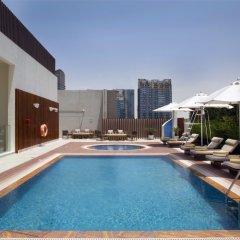 Отель Grayton Hotel Dubai ОАЭ, Дубай - отзывы, цены и фото номеров - забронировать отель Grayton Hotel Dubai онлайн бассейн