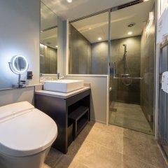 Отель The Royal Park Canvas - Ginza 8 Япония, Токио - отзывы, цены и фото номеров - забронировать отель The Royal Park Canvas - Ginza 8 онлайн ванная фото 2