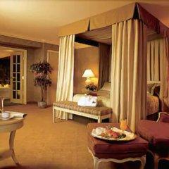 Отель Château Vaudreuil Hôtel & Suites Канада, Монреаль - отзывы, цены и фото номеров - забронировать отель Château Vaudreuil Hôtel & Suites онлайн в номере фото 2