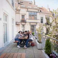 Jacques Brel Youth Hostel Брюссель балкон