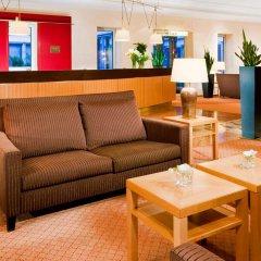 Отель Sheraton Düsseldorf Airport Hotel Германия, Дюссельдорф - 1 отзыв об отеле, цены и фото номеров - забронировать отель Sheraton Düsseldorf Airport Hotel онлайн интерьер отеля фото 2