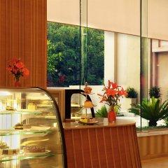 The Metropolitan Hotel and Spa New Delhi in New Delhi, India from 156$, photos, reviews - zenhotels.com meals photo 2