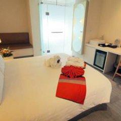 Отель Aspira Hiptique Sukhumvit 13 комната для гостей фото 4