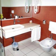 Отель Gallipoli Resort Италия, Галлиполи - отзывы, цены и фото номеров - забронировать отель Gallipoli Resort онлайн ванная