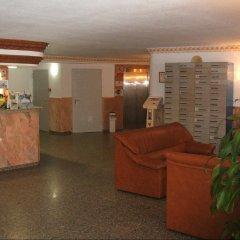 Отель Aparthotel Veramar интерьер отеля