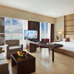 Отель Khalidiya Palace Rayhaan by Rotana, Abu Dhabi комната для гостей