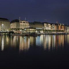 Отель Barcelo Hamburg Германия, Гамбург - 3 отзыва об отеле, цены и фото номеров - забронировать отель Barcelo Hamburg онлайн приотельная территория фото 2