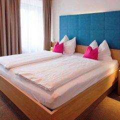 Отель Altstadthotel Weisse Taube Австрия, Зальцбург - отзывы, цены и фото номеров - забронировать отель Altstadthotel Weisse Taube онлайн комната для гостей фото 2
