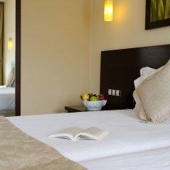 Отель Riu Pravets Resort Правец сейф в номере