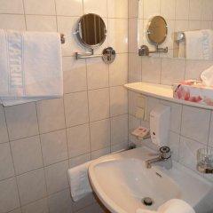 Отель Pension Katrin Австрия, Зальцбург - отзывы, цены и фото номеров - забронировать отель Pension Katrin онлайн ванная