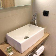 Best Western Hotel Le Montmartre Saint Pierre ванная