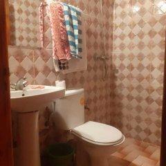 Отель Auberge Chez Ali Марокко, Загора - отзывы, цены и фото номеров - забронировать отель Auberge Chez Ali онлайн ванная фото 2