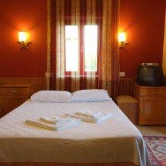 Отель Tas Motel Сиде комната для гостей