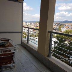Отель Kalofer Hotel Болгария, Солнечный берег - 1 отзыв об отеле, цены и фото номеров - забронировать отель Kalofer Hotel онлайн балкон